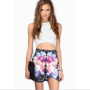 "Tobi ""Into The Night"" Mini Skirt in White"